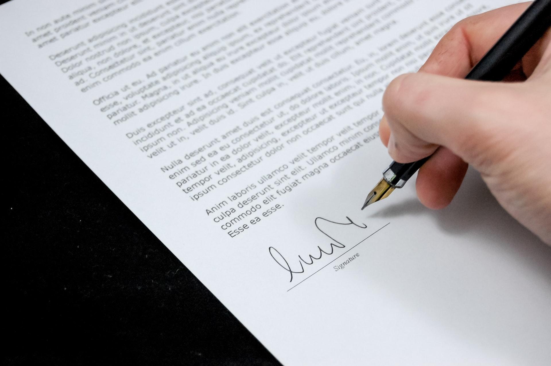 Державна реєстрація відступлення прав на нерухомість за договором