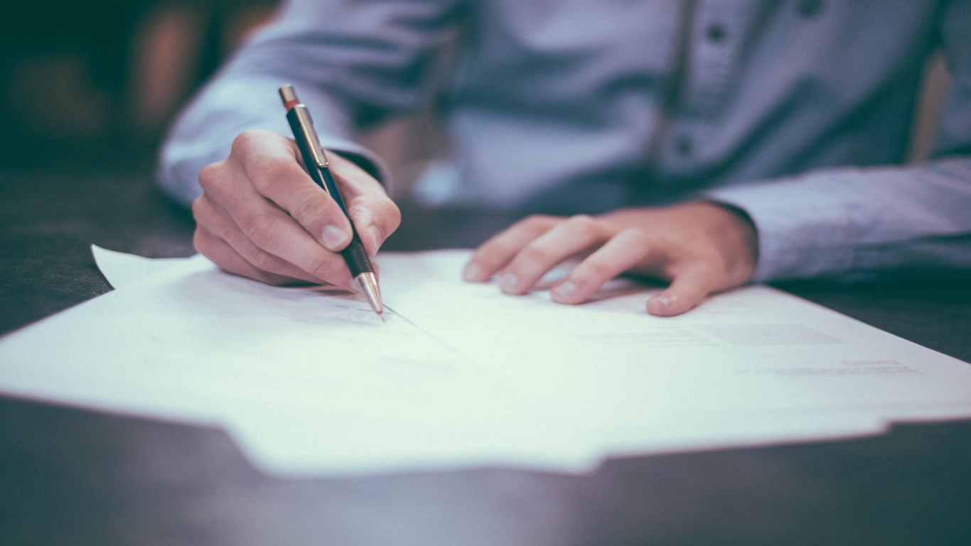 Реєстрація майна у власність статутного фонду компанії